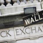 Investidores de Wall Street estão saindo do mercado de criptomoedas! Por que essa é uma excelente notícia?