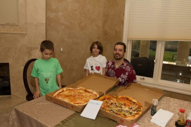Laszlo Hanyecz, comemorando o Bitcoin Pizza Day!