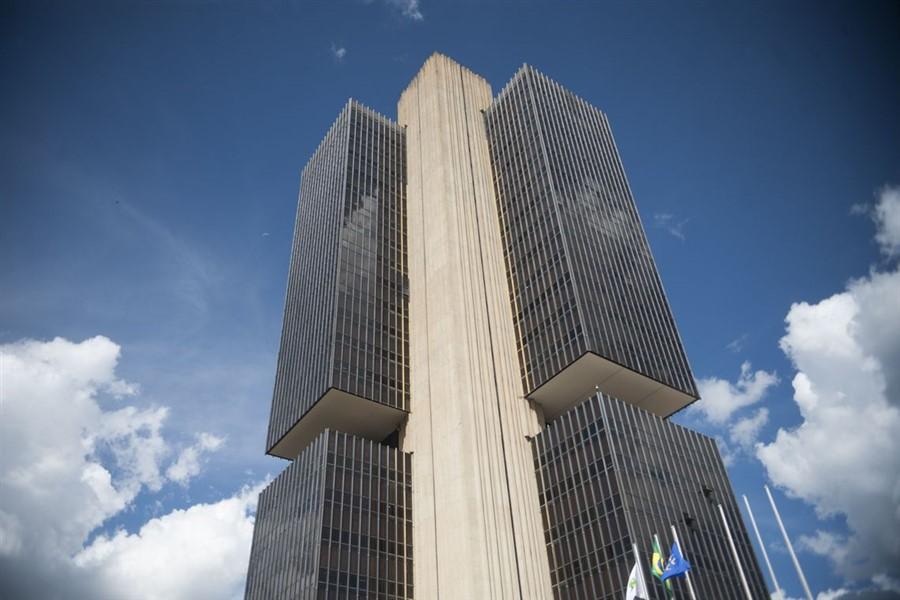 Banco Central Brasileiro ameaçou a Cielo caso continuasse a parceria com o WhatsApp