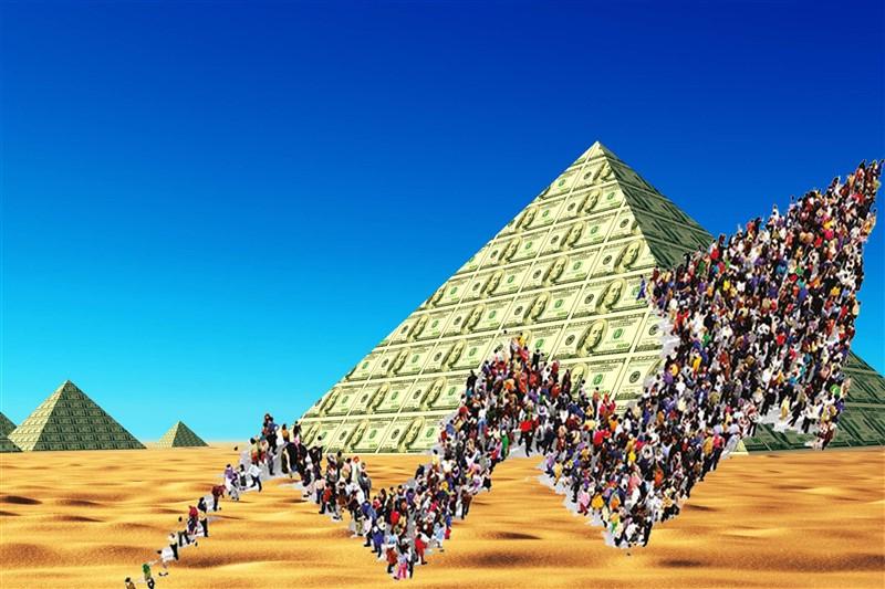 Pirâmides financeira: Por que as pessoas continuam caindo em pirâmides financeira: A resposta vai te surpreender!